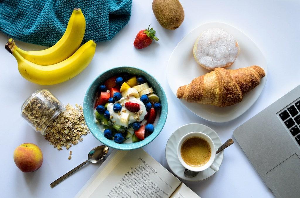 ways to prevent hangovers breakfast