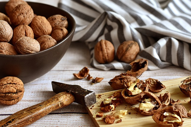 7 most nutritious food nuts