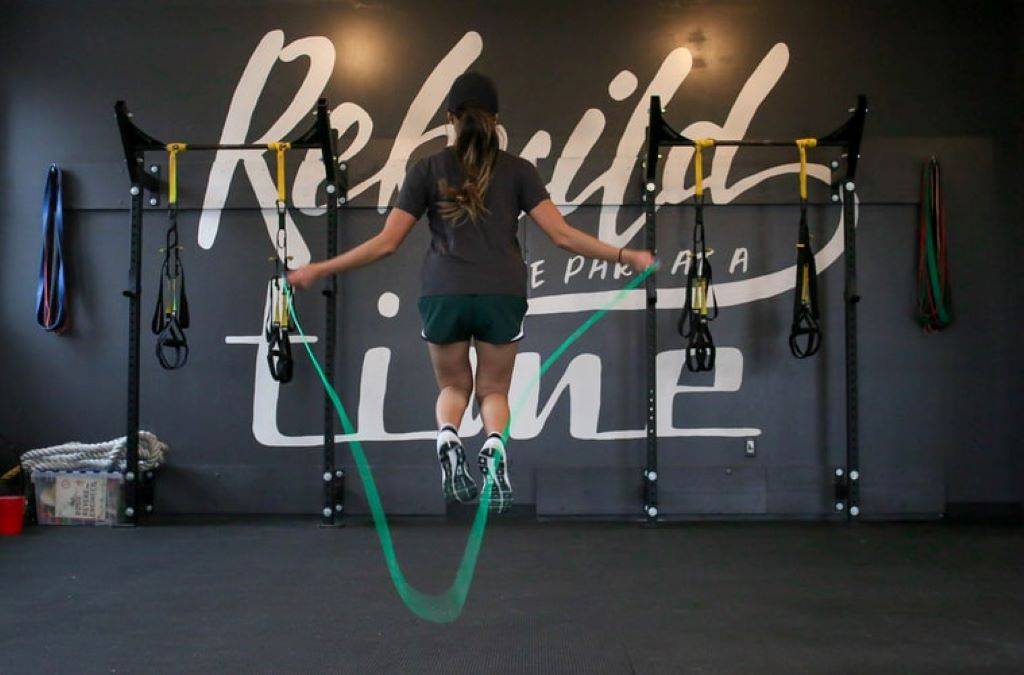 8 Different Exercises to Lose Weight jumping rope