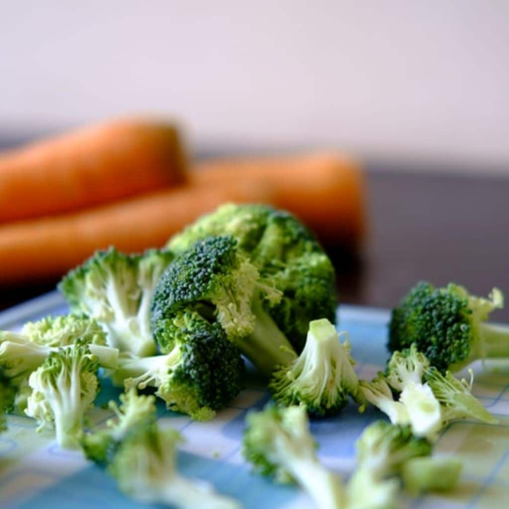 Why is Broccoli the Best Food in the World? broccoli contains calcium